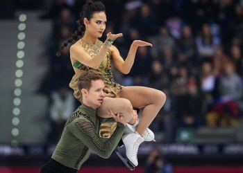 Madison Chock and Evan Bates Perform at the 2020 U.S. Figure Skating Championships.